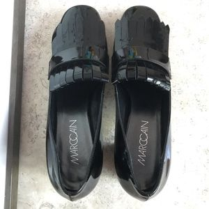MARCCAIN NWOT patent heel loafers